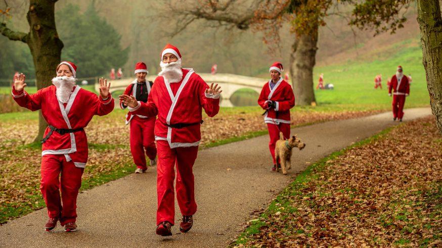 Santa Fun Runners at Painshill Park
